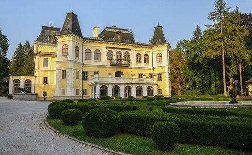 Castello betliar roland78 8723906880 flickr for Grandi piani di una casa da ranch di storia
